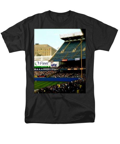 Upper Deck  The Yankee Stadium Men's T-Shirt  (Regular Fit)