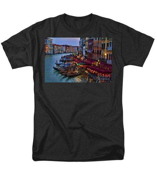 Venetian Grand Canal At Dusk Men's T-Shirt  (Regular Fit) by David Smith