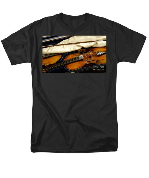 Vintage Fiddle In The Case Men's T-Shirt  (Regular Fit) by Wilma  Birdwell