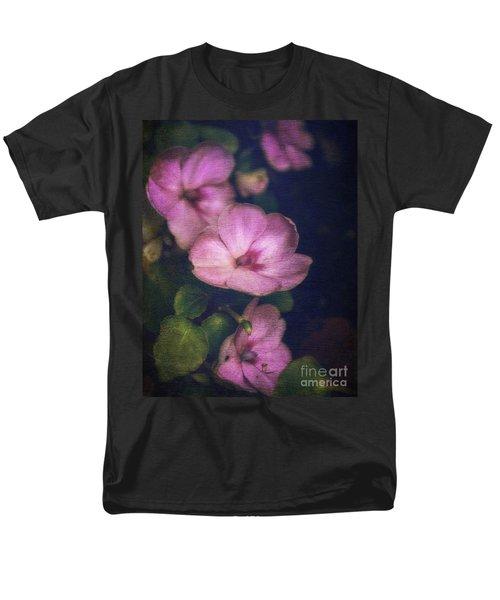 Vintage Impatiens Men's T-Shirt  (Regular Fit) by Debra Fedchin
