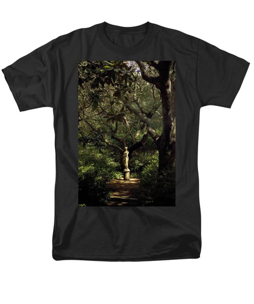 Men's T-Shirt  (Regular Fit) featuring the photograph Virginia Dare Statue by Greg Reed