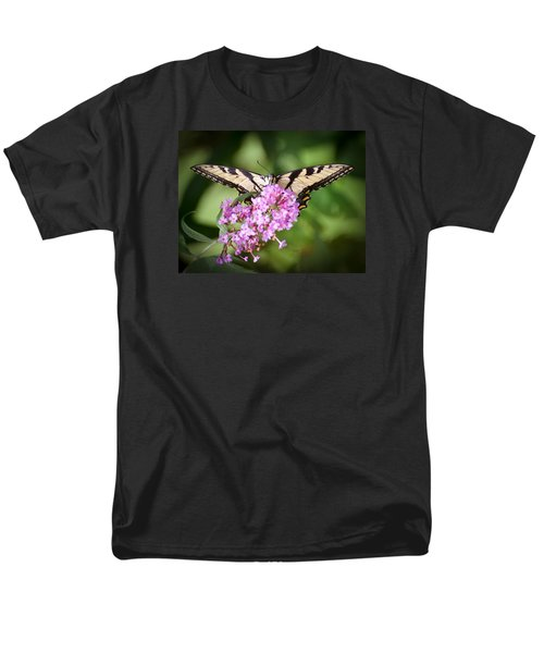 Men's T-Shirt  (Regular Fit) featuring the photograph Watching by Kerri Farley