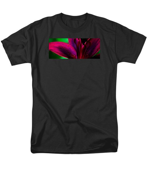 Water-drops On The Petal Men's T-Shirt  (Regular Fit) by Shelby  Young