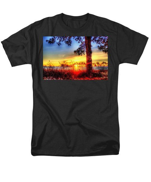 West Tennessee Sunrise Men's T-Shirt  (Regular Fit)