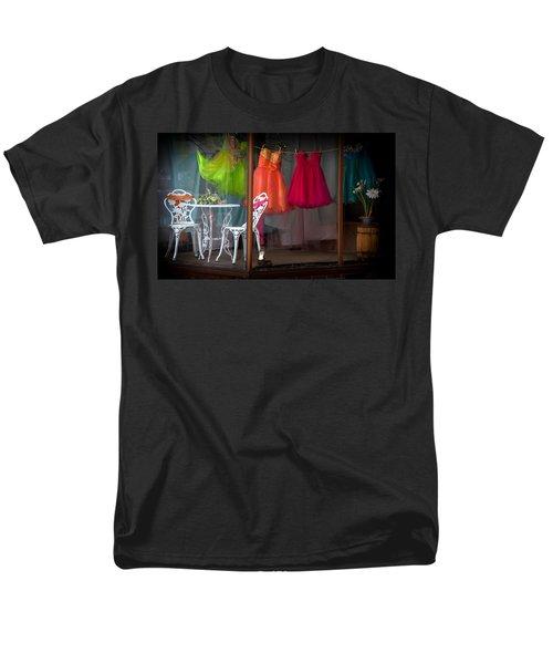 When A Woman Dreams Men's T-Shirt  (Regular Fit)