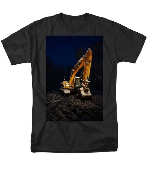 Winter Cat Men's T-Shirt  (Regular Fit) by David Andersen
