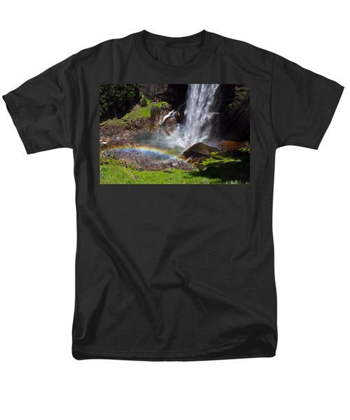 Yosemite National Park Men's T-Shirt  (Regular Fit) by Brian Williamson