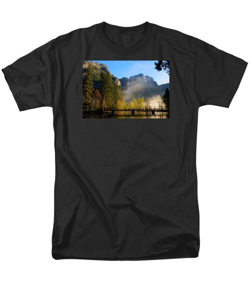 Yosemite River Mist Men's T-Shirt  (Regular Fit) by Duncan Selby