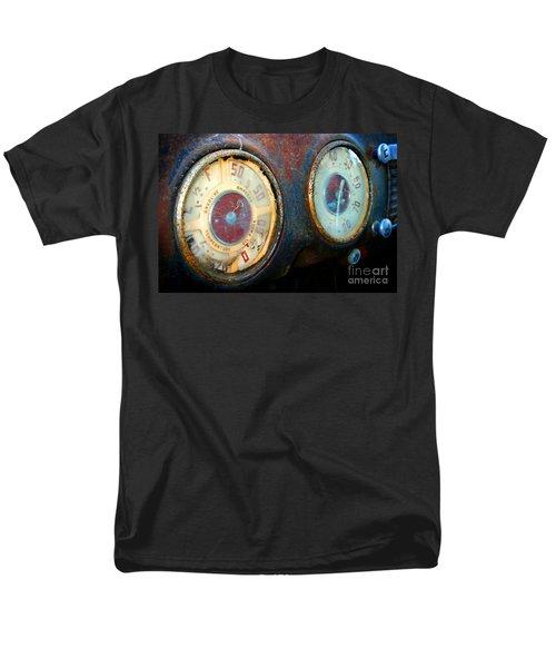 Old Speed Men's T-Shirt  (Regular Fit)