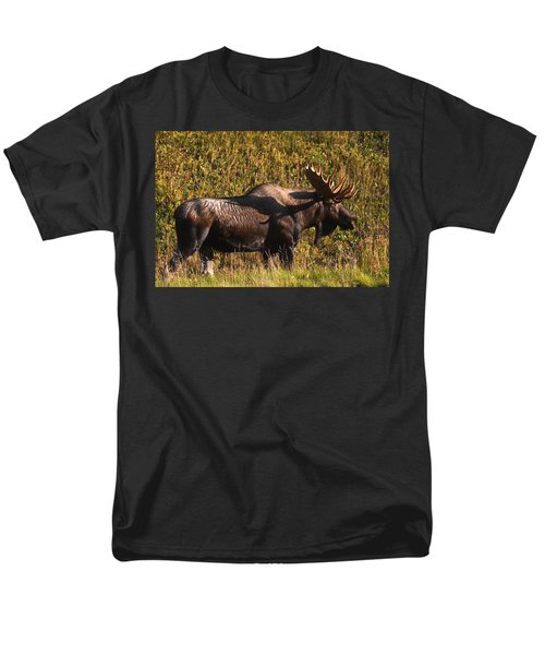 Men's T-Shirt  (Regular Fit) featuring the photograph Big Boy by Doug Lloyd