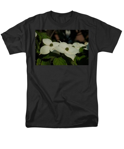 Men's T-Shirt  (Regular Fit) featuring the photograph Blanket by Joseph Yarbrough
