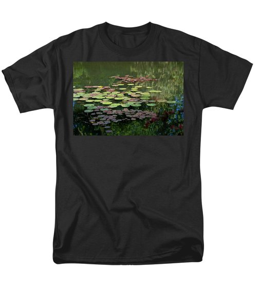 Giverny Lily Pads Men's T-Shirt  (Regular Fit) by Eric Tressler