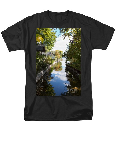 Men's T-Shirt  (Regular Fit) featuring the photograph Glenora Point by William Norton