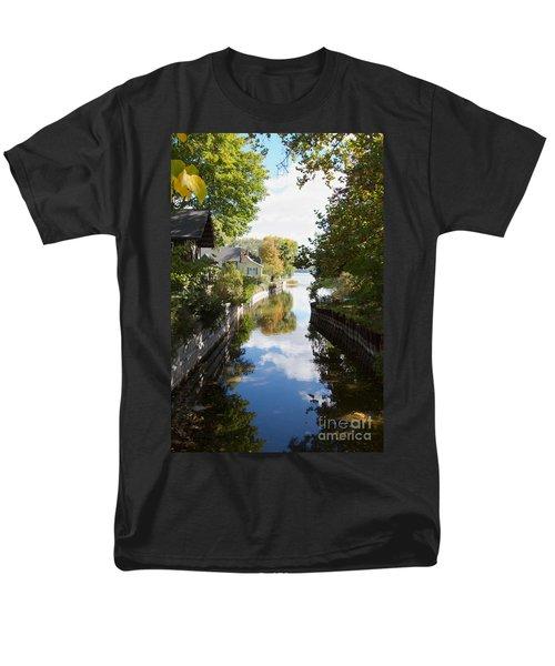 Glenora Point Men's T-Shirt  (Regular Fit) by William Norton