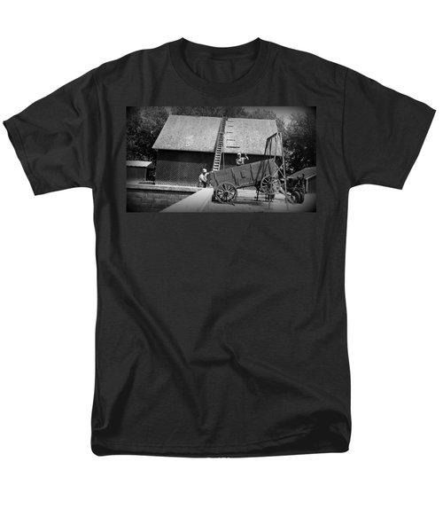 Men's T-Shirt  (Regular Fit) featuring the photograph Harvest by Bonfire Photography