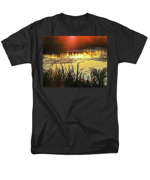Men's T-Shirt  (Regular Fit) featuring the photograph Lacassine Sundown by Lizi Beard-Ward