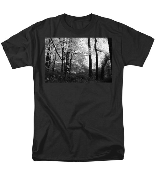 Men's T-Shirt  (Regular Fit) featuring the photograph Lasting Leaves by Kathleen Grace