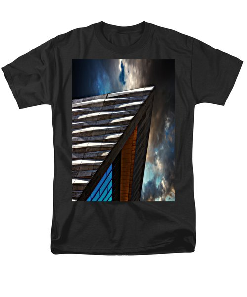 Men's T-Shirt  (Regular Fit) featuring the photograph Museum Of Liverpool by Meirion Matthias
