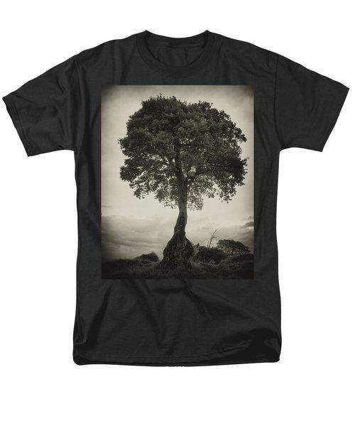 Men's T-Shirt  (Regular Fit) featuring the photograph Oak Tree by Hugh Smith