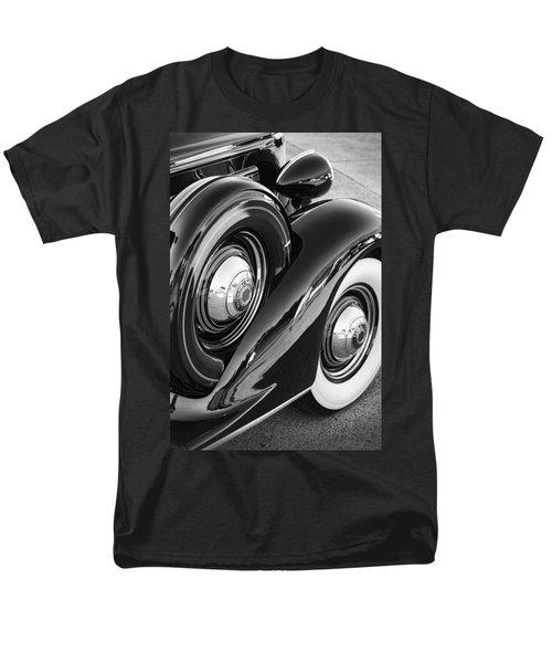 Men's T-Shirt  (Regular Fit) featuring the photograph Packard One Twenty by Gordon Dean II