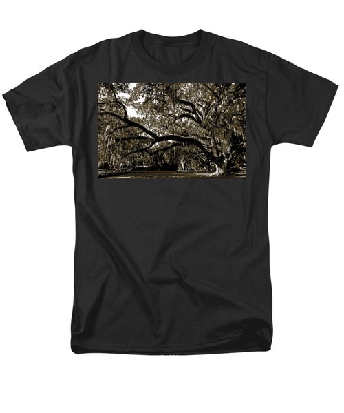 Men's T-Shirt  (Regular Fit) featuring the photograph Picnic Under The Oak by DigiArt Diaries by Vicky B Fuller