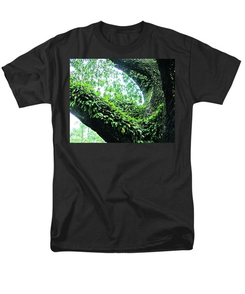 Men's T-Shirt  (Regular Fit) featuring the photograph Resurrection Fern by Lizi Beard-Ward