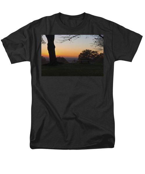 Richmond Sunset Men's T-Shirt  (Regular Fit) by Maj Seda