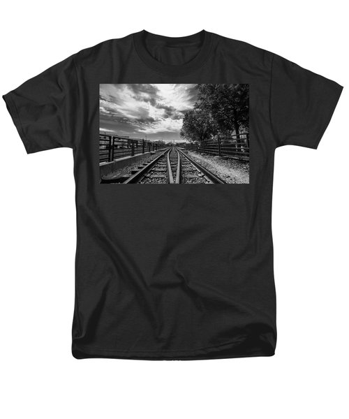 Silent Spur Men's T-Shirt  (Regular Fit) by Tom Gort