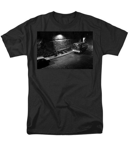 Solitary Wait Men's T-Shirt  (Regular Fit) by Lynn Palmer