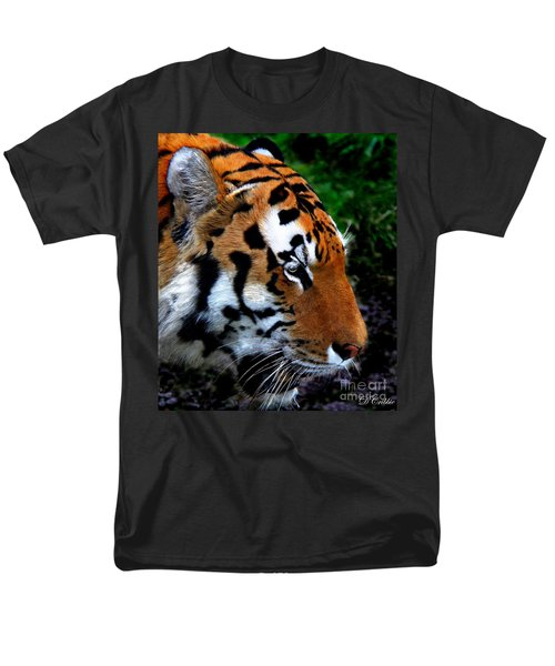 Men's T-Shirt  (Regular Fit) featuring the photograph Sumatran Strength by Davandra Cribbie