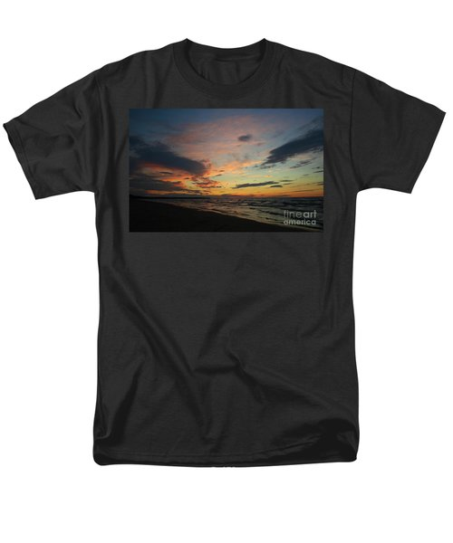 Men's T-Shirt  (Regular Fit) featuring the photograph Sundown  by Barbara McMahon
