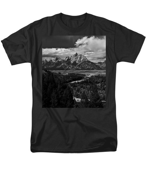 The Tetons - Il Bw Men's T-Shirt  (Regular Fit) by Larry Carr
