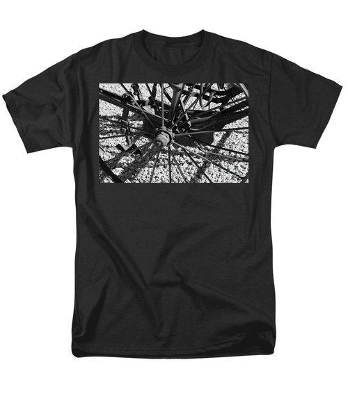 The Wheel Men's T-Shirt  (Regular Fit)