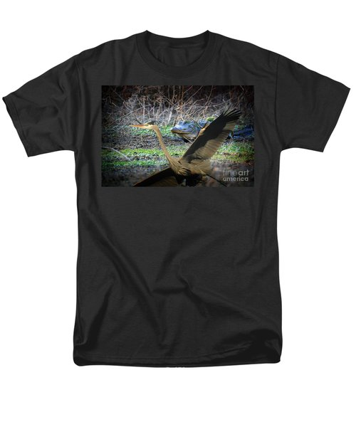 Men's T-Shirt  (Regular Fit) featuring the photograph Time To Leave by Dan Friend