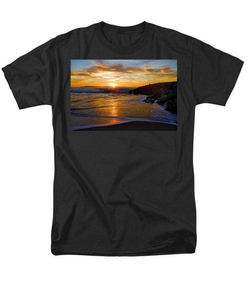 Men's T-Shirt  (Regular Fit) featuring the photograph Ventura Beach Sunset by Lynn Bauer