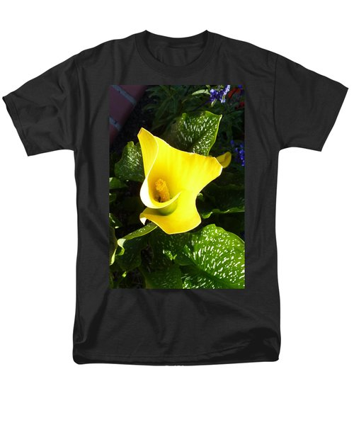 Men's T-Shirt  (Regular Fit) featuring the photograph Yellow Calla Lily by Carla Parris