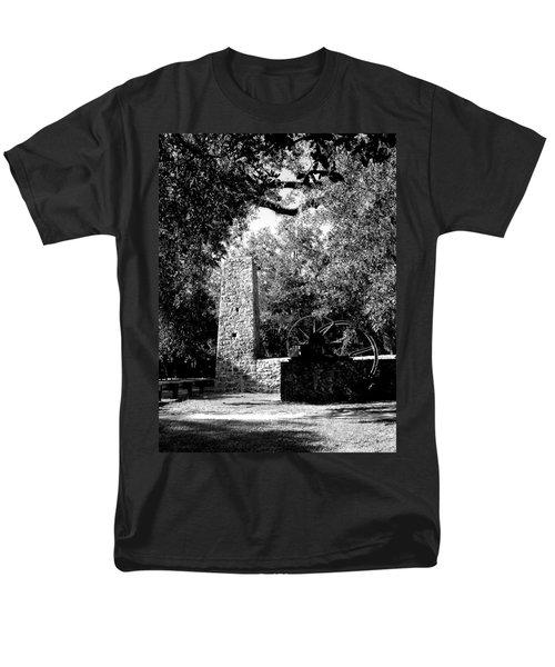 Yulee Sugarmill 2  Black And White Men's T-Shirt  (Regular Fit) by Judy Wanamaker