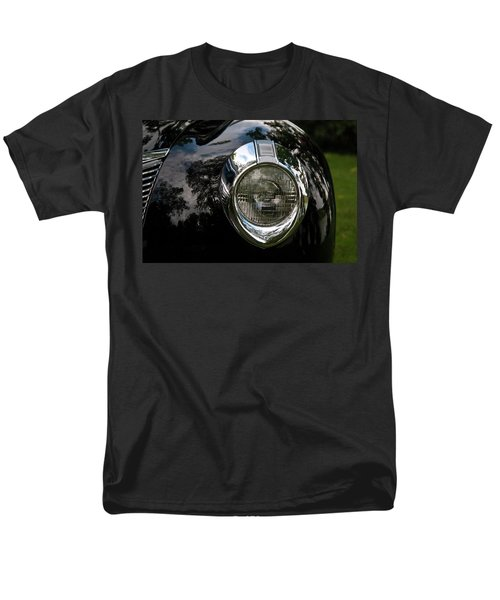 Men's T-Shirt  (Regular Fit) featuring the photograph  One Eye 13128 by Guy Whiteley
