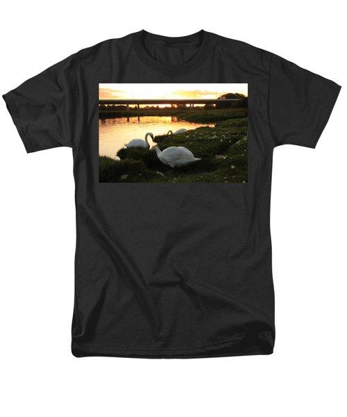 09.09.09....under The Bridge Men's T-Shirt  (Regular Fit) by Martina Fagan