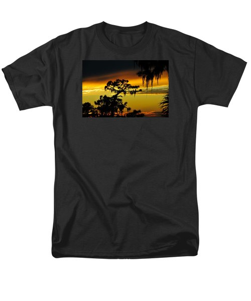 Men's T-Shirt  (Regular Fit) featuring the photograph Central Florida Sunset by David Lee Thompson