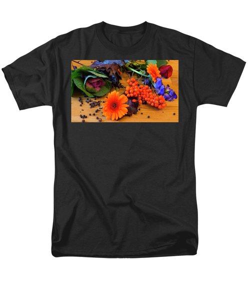 Halloween Decoration Men's T-Shirt  (Regular Fit) by Tamara Sushko