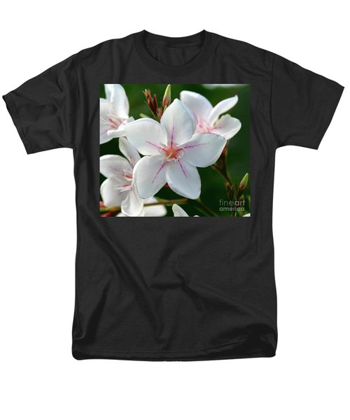 Oleander Harriet Newding  2 Men's T-Shirt  (Regular Fit) by Wilhelm Hufnagl