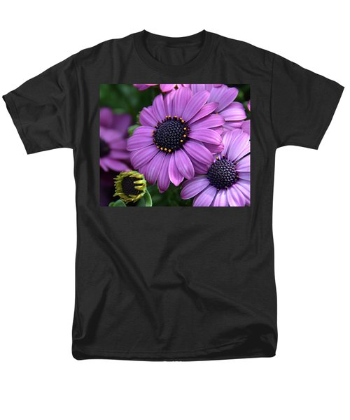 African Daisy Men's T-Shirt  (Regular Fit) by Ronda Ryan