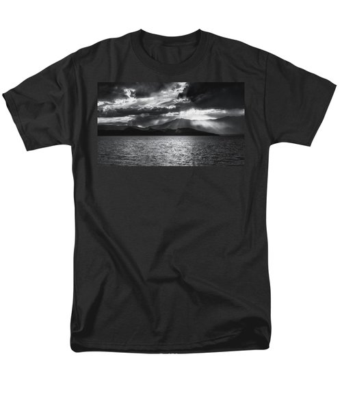 Men's T-Shirt  (Regular Fit) featuring the photograph Sunset by Hayato Matsumoto