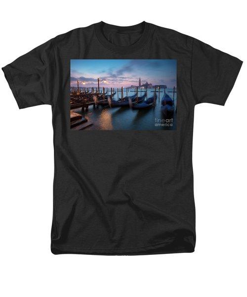 Men's T-Shirt  (Regular Fit) featuring the photograph Venice Dawn by Brian Jannsen