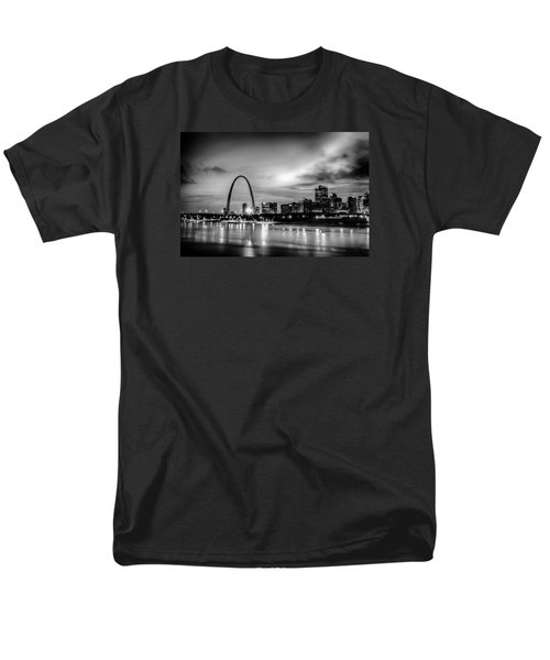 City Of St. Louis Skyline. Image Of St. Louis Downtown With Gate Men's T-Shirt  (Regular Fit) by Alex Grichenko