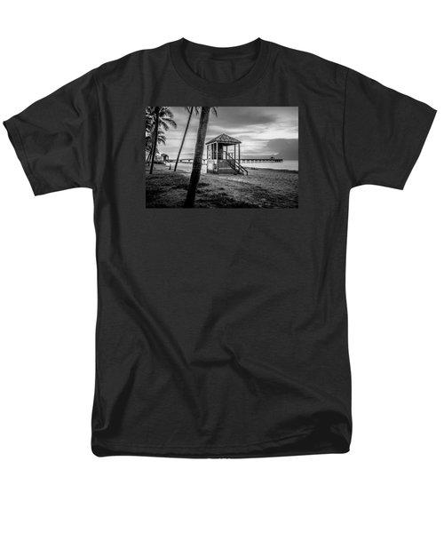 Deerfield Beach  Men's T-Shirt  (Regular Fit) by Louis Ferreira