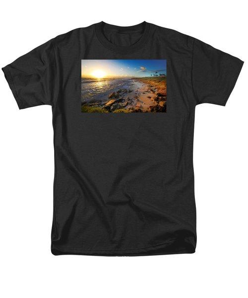 3 Degrees Below The Sun Men's T-Shirt  (Regular Fit) by Robert Och