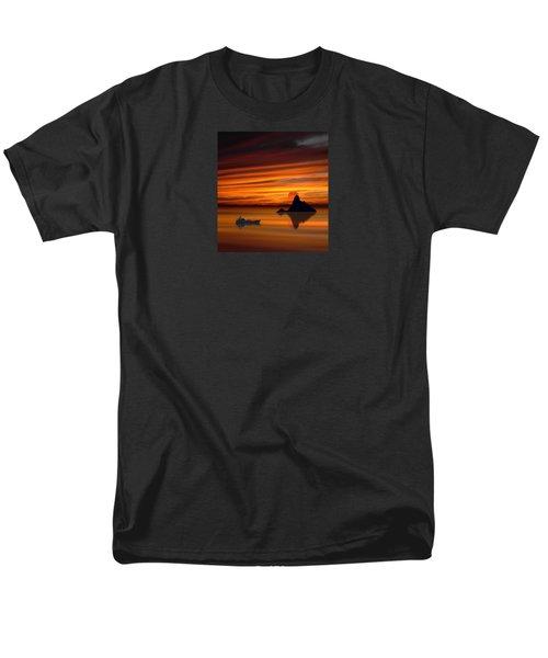 3971 Men's T-Shirt  (Regular Fit) by Peter Holme III