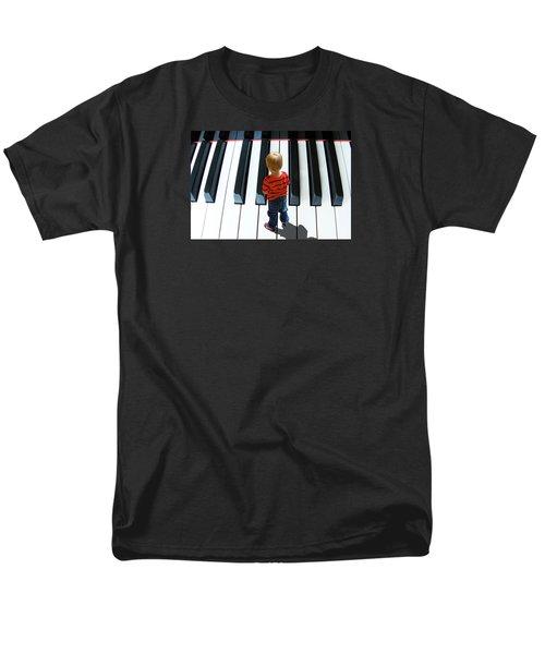 4021 Men's T-Shirt  (Regular Fit) by Peter Holme III